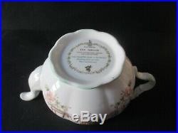ROYAL DOULTON BRAMBLY HEDGE TEA POT, MILK JUG & SUGAR BOWL First Quality mint
