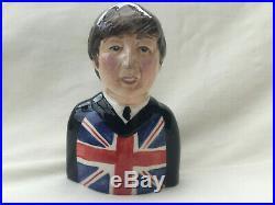 Toby jugs. Beatles FAB 4. Cd. Beatles figures. SGT pepper. Christmass. CD. Record. LP